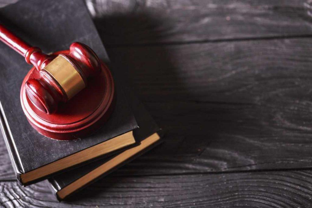 ¿Sabes qué misión tiene un procurador de los tribunales en este país?