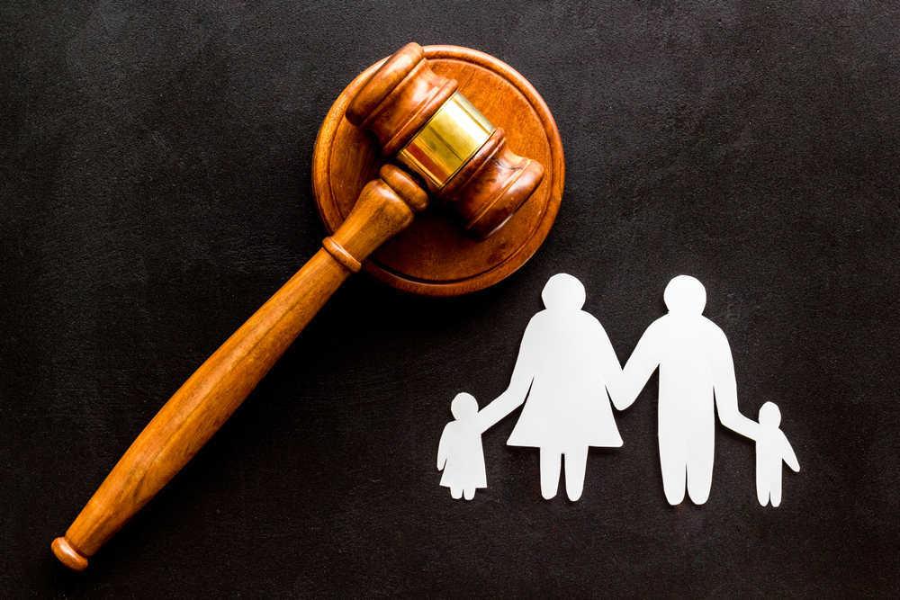 ¿Cómo elegir un abogado de familia?